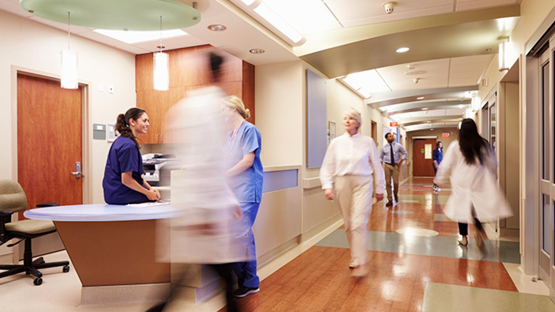A hospital hallway (monkeybusinessimages / iStock / Thinkstock)