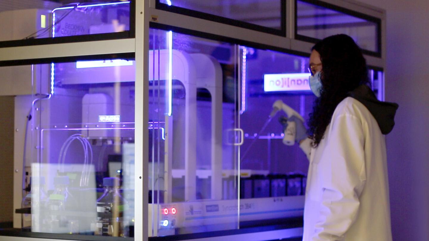 Ciria Hernandez working in the Center for Chemical Genomics
