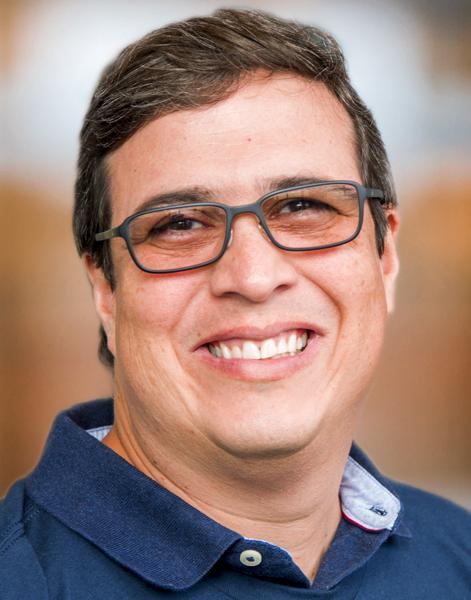 Luis E. Diaz Gimenez